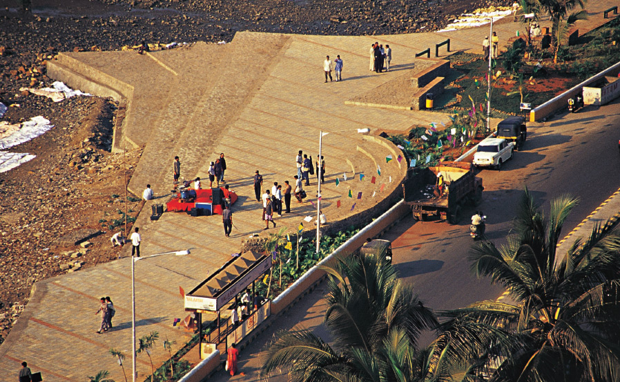 Running Tracks in Mumbai - Carter Road